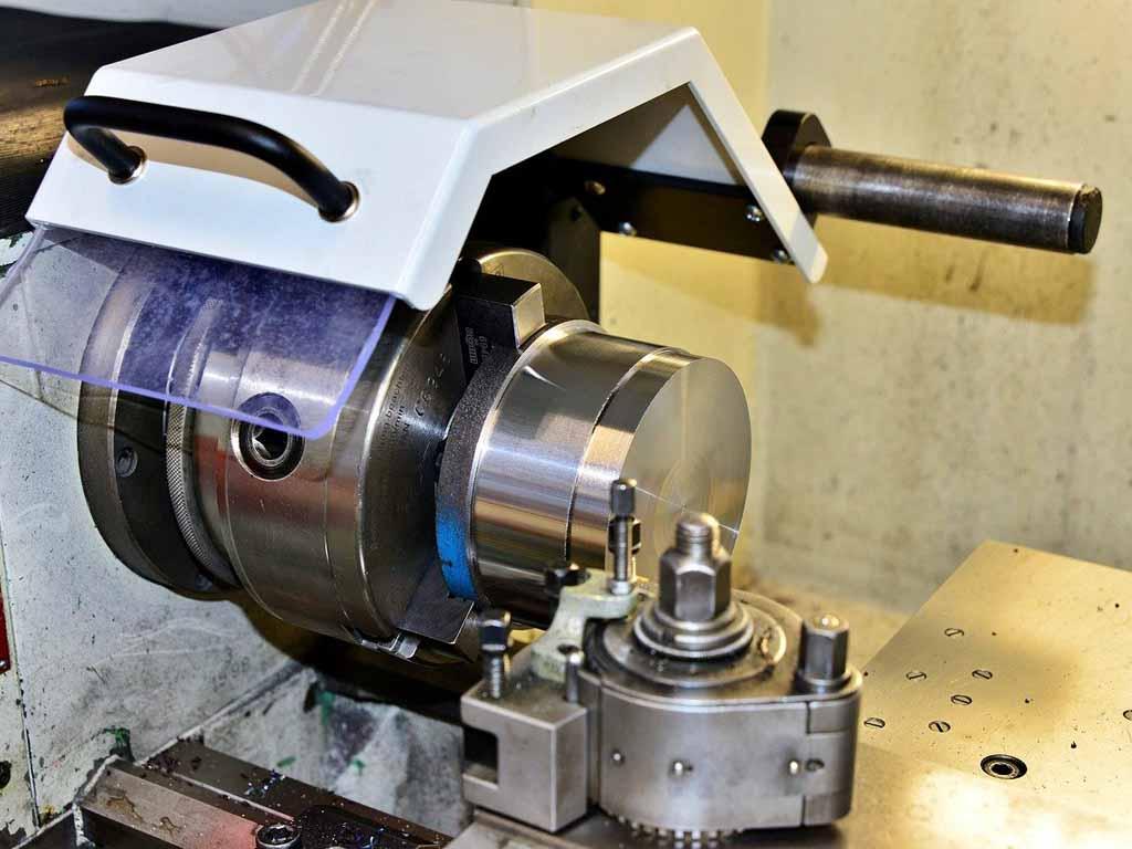 herramientas básicas para torno de metal